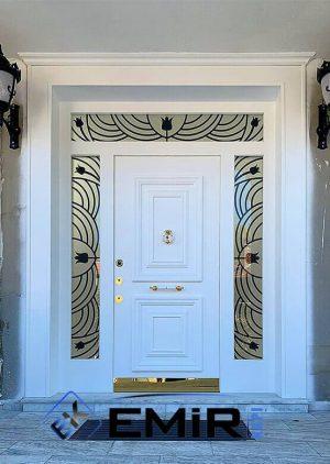 Vitray Camlı Villa Kapısı